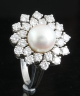 18kt diamond fresh water pearl ring approx. 1.20ct