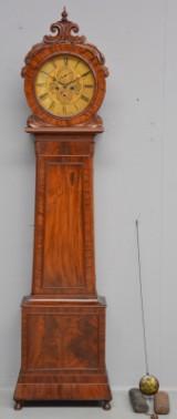 Skotsk victoriansk standur, kone i kasse af nøddetræ og mahogni