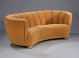 Fine Dansk Mobelproducent 1940 Erne Bananformet Sofa Lauritz Com Onthecornerstone Fun Painted Chair Ideas Images Onthecornerstoneorg