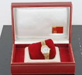 18kt massivt guldur, Rolex Oyster Perpetual Date med etui