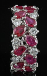 18kt Diamond and ruby ring approx. 1.00ct