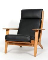 Hans J. Wegner. High-backed easy chair, model GE-290, oak