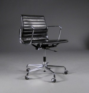 Furniture charles eames office chair for Eames ea 117 replica