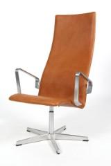 Arne Jacobsen. Oxford lounge højrygget stol, model 3242