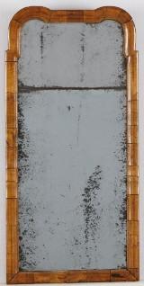 Spegel 1700-talets första kvartal
