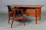 Skrivebord, massiv teak, samt Erik Kirkegaard armstol. (2)