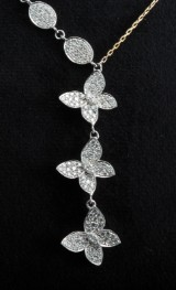 Necklace in 18k with diamonds 1.50ct