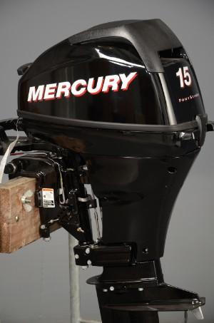 mercury 15 ps 4 takt au enbordmotor. Black Bedroom Furniture Sets. Home Design Ideas