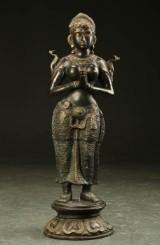 Tempelvogterinde af bronze, sydøstasien