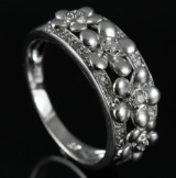 Morgenfrue ring fra Heartbeats