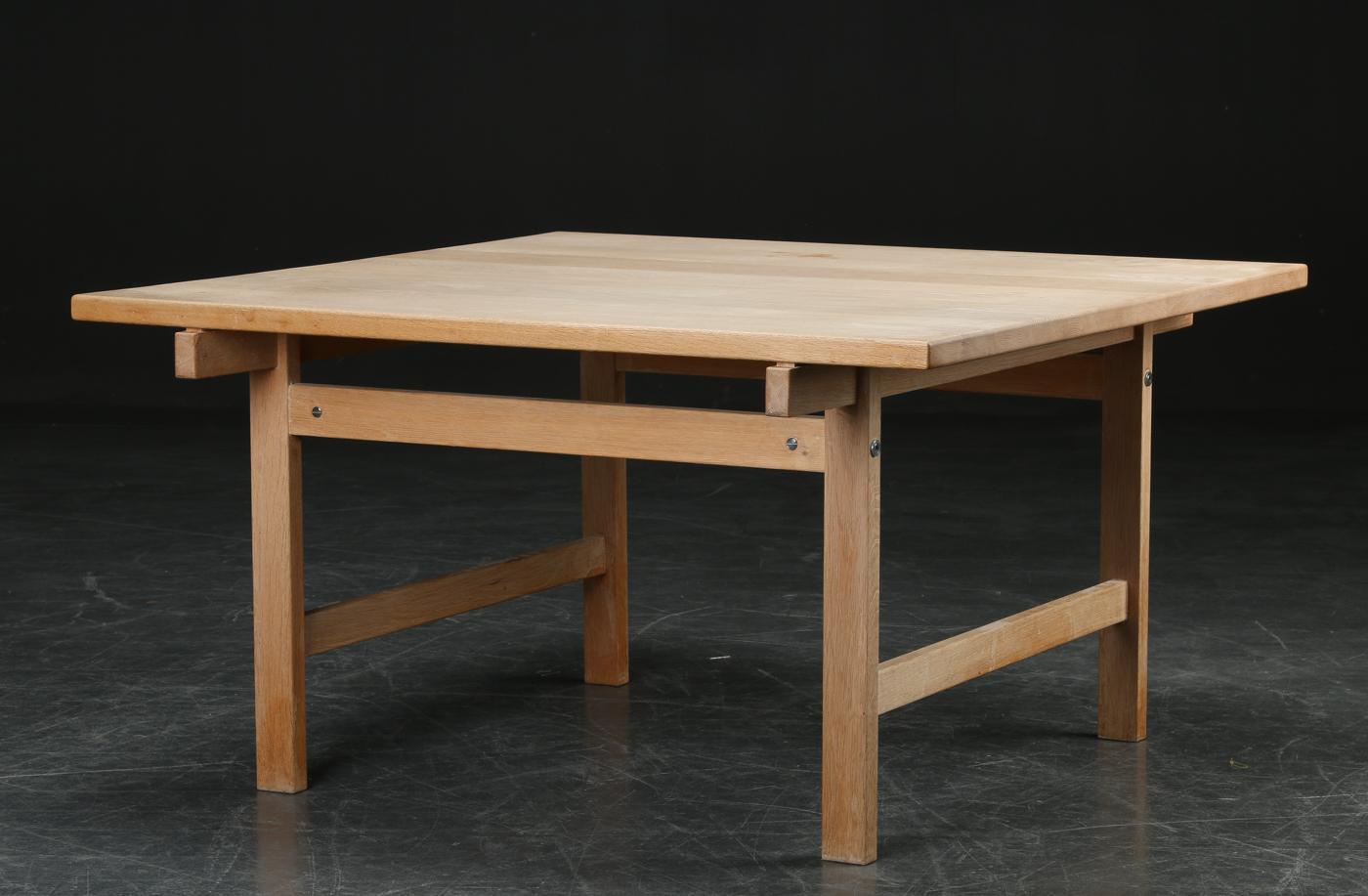Auktionstipset - Hans J. Wegner. Sofabord, massiv eg, PP Møbler