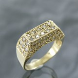 Gold ring with diamonds, approx. 1.30 ct.