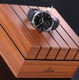Omega 'Seamaster Aqua Terra XXL'. Men's watch, steel with dark dial - box + certificate 2016