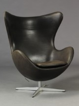 Arne Jacobsen. The Egg, with black Range aniline leather
