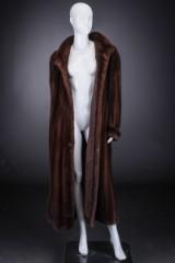 Mahogany mink coat, size 42/44, labelled Brdr. Alex Petersen