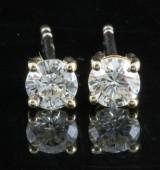 Earrings in 18k set with brilliant cut diamonds 0.62 ct