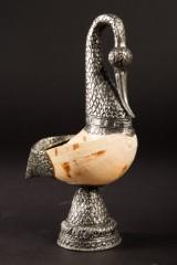 Behälter / Schale, Vogelform mit Muschel