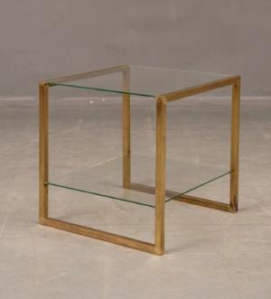 metal arte sideboard i metall och glas italienskt 70 tal. Black Bedroom Furniture Sets. Home Design Ideas