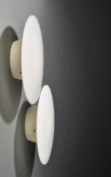Arne Jacobsen 1902-1971. Par Eklipta væglamper (2)