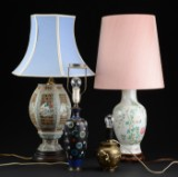 En samling på fire kinesiske bordlamper, 1900-tallet (4)