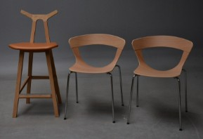 Susanne Grønlund for Fredericia Furniture. Par Barstole