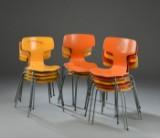 Arne Jacobsen: Sæt på tolv stole, model 3103 (12)