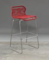 Verner Panton. VP ONE barstol i farven China Red