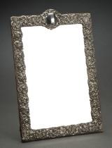 W. J. Myatt & Co.: Edwardiansk toiletordspejl i ramme med sølv, 1900-tallets begyndelse