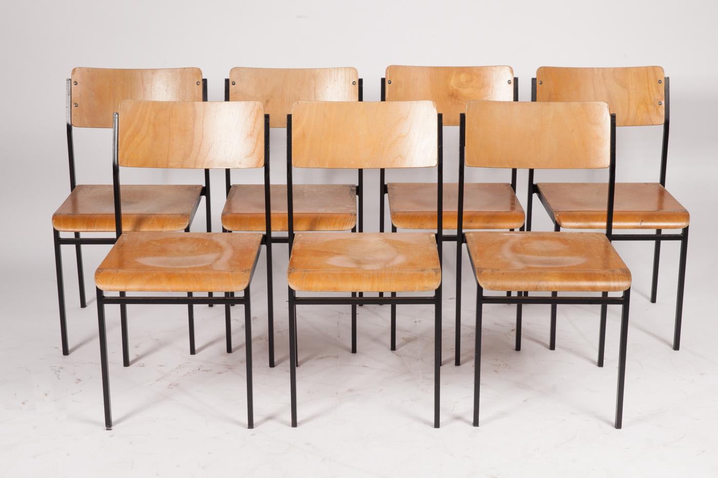 Auktionstipset - Stühle / Stapelstühle, Metall und Holz (7)