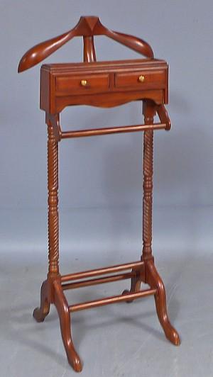 Herrbetjänt, engelsk stil, 1900 talets senare del Denna auktionär annullerad se nu vara