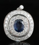 18kt. diamond and sapphire pendant approx. 1.60ct.  <br>