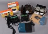 Samling telefoner bl.a. Bang & Olufsen m.m. samt lysbilledapperat (8)