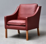 Børge Mogensen. Lounge chair model 2207 in Indian Red leather