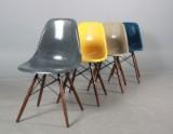 Charles Eames 1907 - 1978. Sæt på fire skalstole, multicolor, model DSW (4)