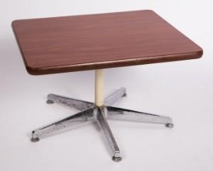 lot 4371088 kleiner beistelltisch im stil von vitra eames segmented table. Black Bedroom Furniture Sets. Home Design Ideas