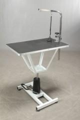 Trimmer bord med hydraulisk løft og galge. NDG1010