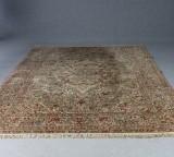 Orientalisk salongsmatta, omkring 1900-talets mitt, 365x275 cm