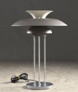 Poul Henningsen. Bordslampa PH5, modell 27095