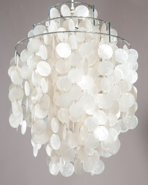 verner panton lampe med perlemorsskaller fun 1 dm. Black Bedroom Furniture Sets. Home Design Ideas