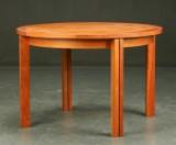 Munch Møbler. Rundt bord af kirsebærtræ