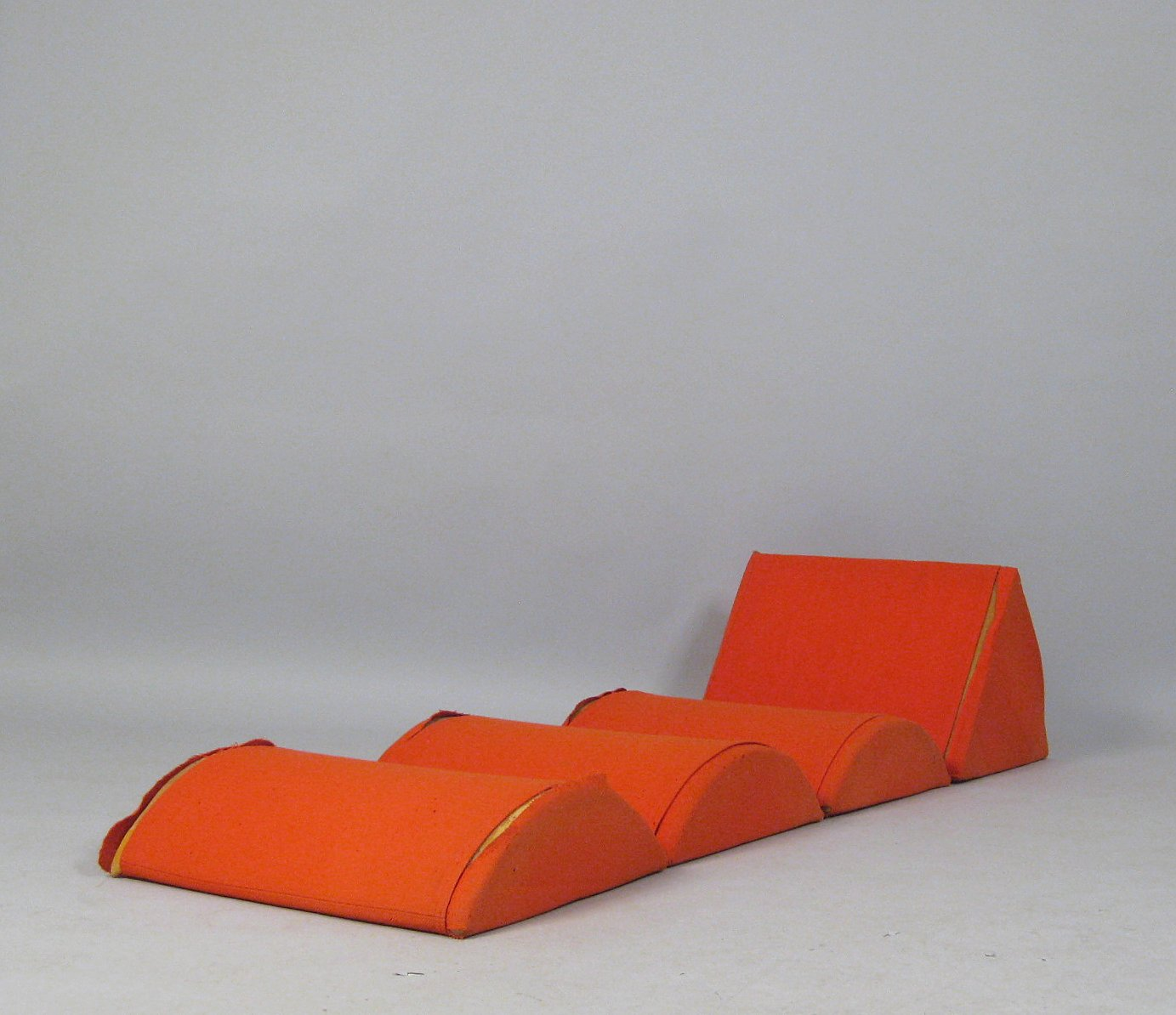 Johannes Larsen Sitzobjekt Sessel Chaise Modell CUBO Fur France Sn