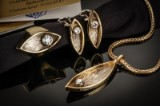 Anni Backhausen. Unika smykkesæt med brillanter - ca. 1.46 ct. (4)
