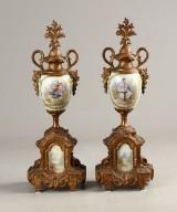 Pragtvaser, porcelæn og forgyldt bronze (2)
