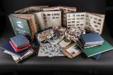 Samling af frimærker i albums. (17)