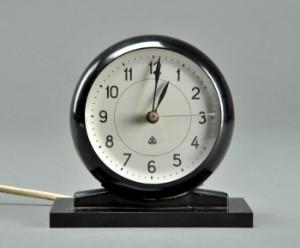 Efterstræbte Slutpris för Arne Jacobsen. Elektrisk vækkeur VY-37