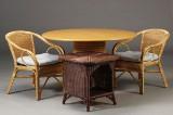 Spisebord, sidebord samt stole (4)