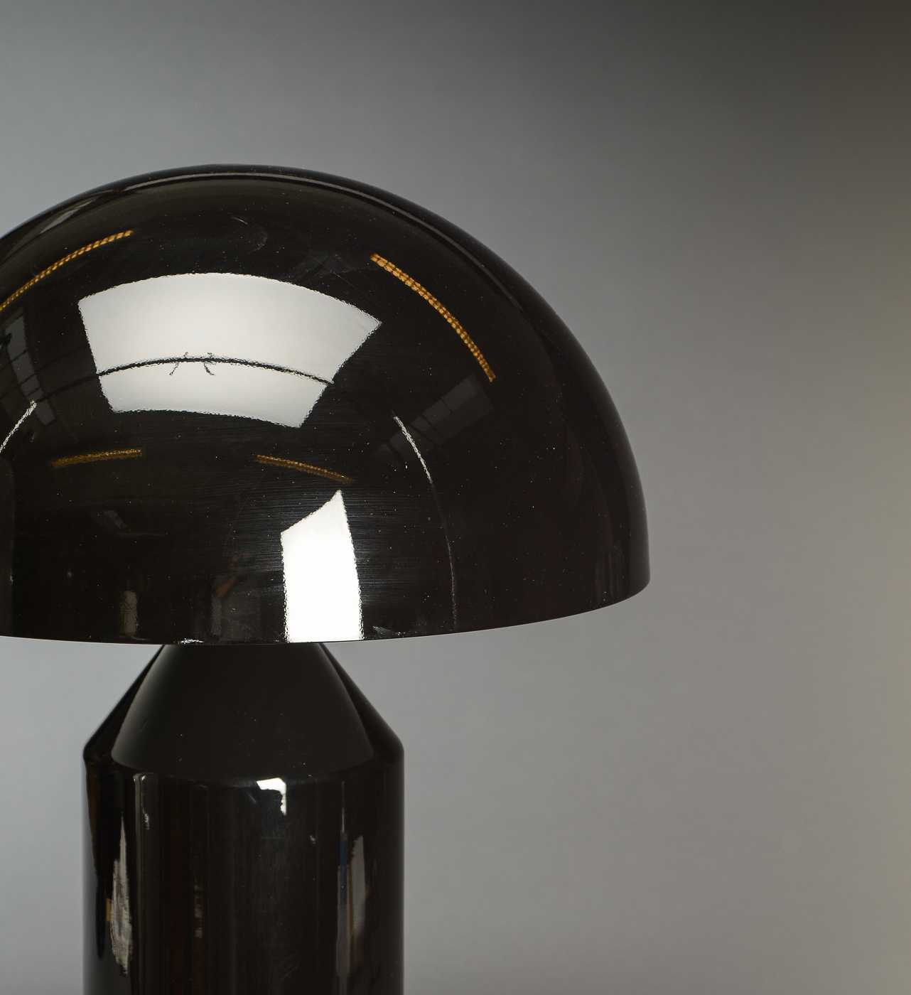 Vico Magistretti for Oluce. Tablelampe, model Atollo 233