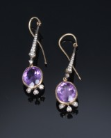 A pair of Victorian earrings, gold, with diamonds and amethysts. 19th century-end