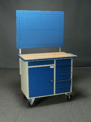 Blika. Værktøjsskab, model VV2 | Lauritz.com