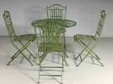 Trädgårdsgrupp bord och 4 stolar i grönbemålat patinerat järnsmide (5)